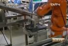 经济半小时机器人代替人